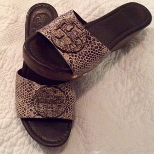 Immaculate condition TORY BURCH wedges
